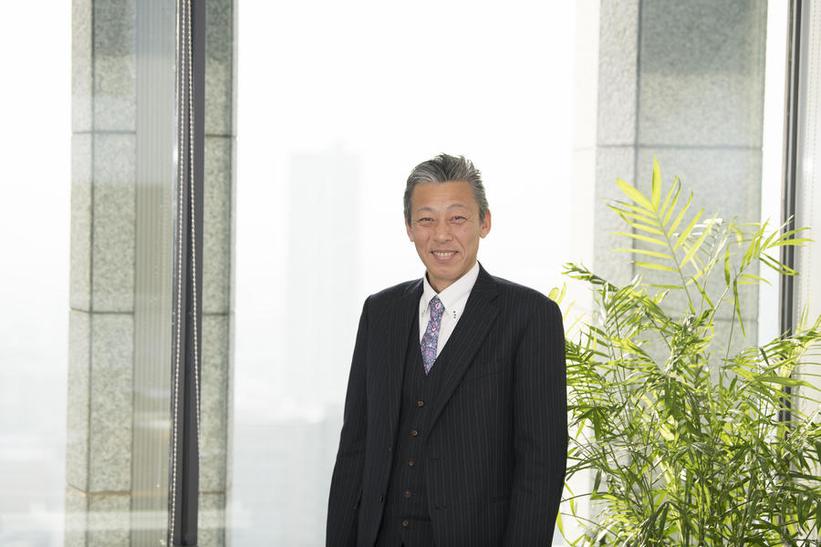 Masahiro Hayashi, President of Hikari Shoji K.K. Masahiro Hayashi seeks to maintain quality and stabilize the business in the production center by placing constant orders.