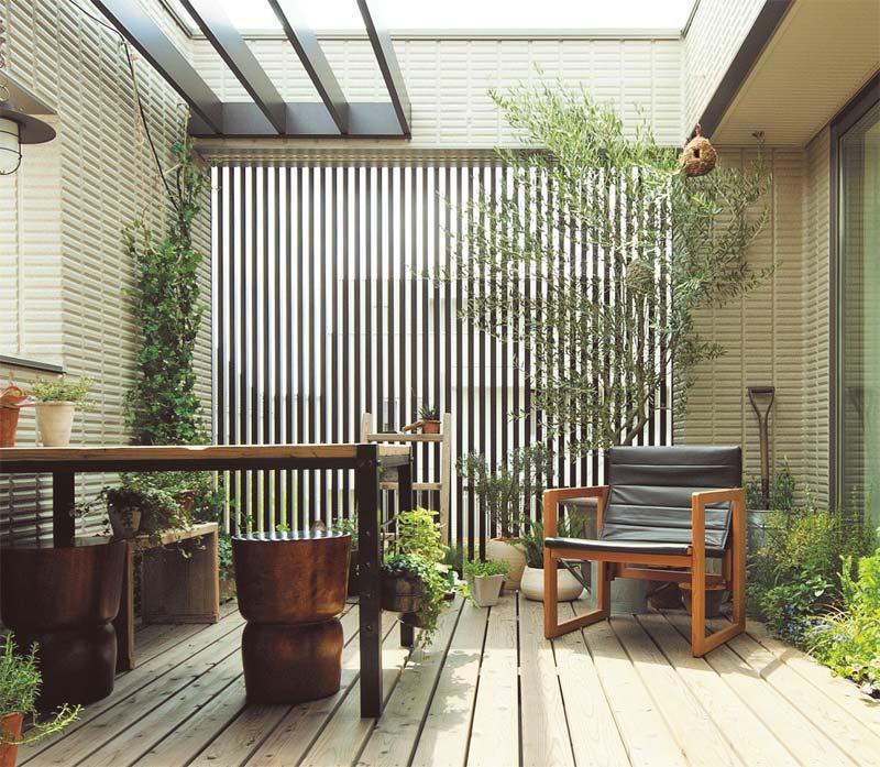14_outdoor01_03.jpg